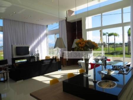 Casa em Condomínio 3 dormitórios em Capão da Canoa   Ref.: 7841