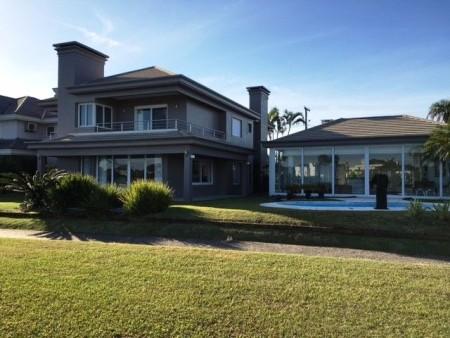 Casa em Condomínio 5 dormitórios em Xangri-Lá | Ref.: 7975