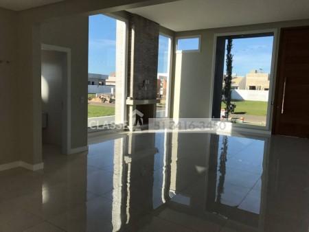 Casa em Condomínio 4 dormitórios em Capão da Canoa | Ref.: 8034
