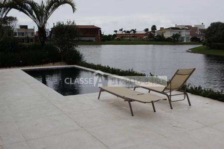 Casa em Condomínio 5 dormitórios em Xangri-Lá | Ref.: 8994
