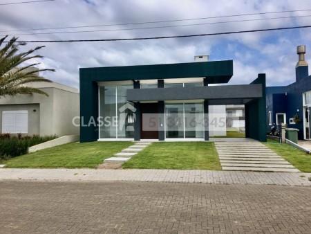 Casa em Condomínio 4 dormitórios em Capão da Canoa | Ref.: 9077