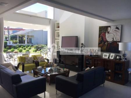 Casa em Condomínio 4 dormitórios em Capão da Canoa | Ref.: 9307