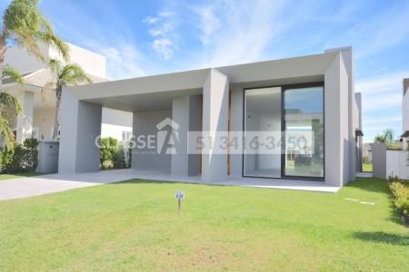 Casa em Condomínio 4 dormitórios em Xangri-Lá | Ref.: 9490