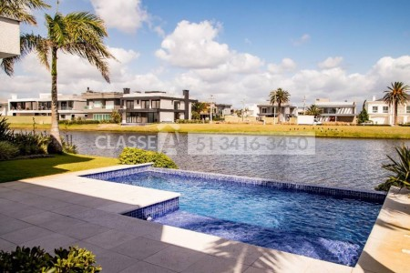 Casa em Condomínio 5 dormitórios em Xangri-Lá | Ref.: 9508