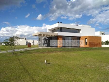 Casa em Condomínio 3 dormitórios em Capão da Canoa | Ref.: 9695