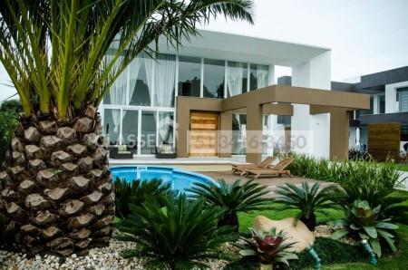 Casa em Condomínio 4 dormitórios em Xangri-Lá | Ref.: 9727